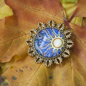 Brooch Autumn sun